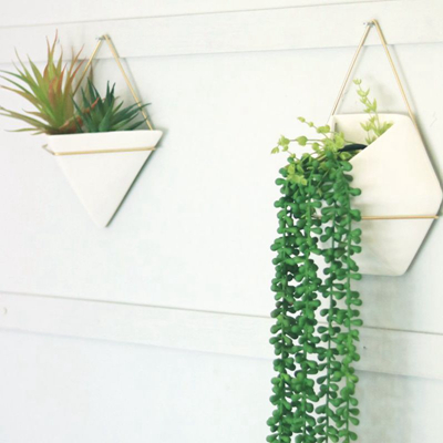 wall mounted ceramic planters